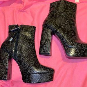Zara snakeskin bootie heels